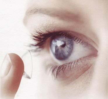 Cómo limpiar las lentillas
