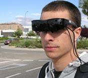 Gafas que detectan obstáculos para afectados por baja visión